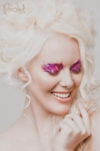 Model: Tatjana Moldrup // MUA: Stina von Holstein