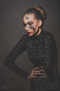 Model: Kastalia // MUA: Line Thestrup