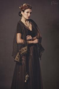 Model: Diana Kopmane // MUA: Camilla Nørgaard // Tøj:  Décor Atalier